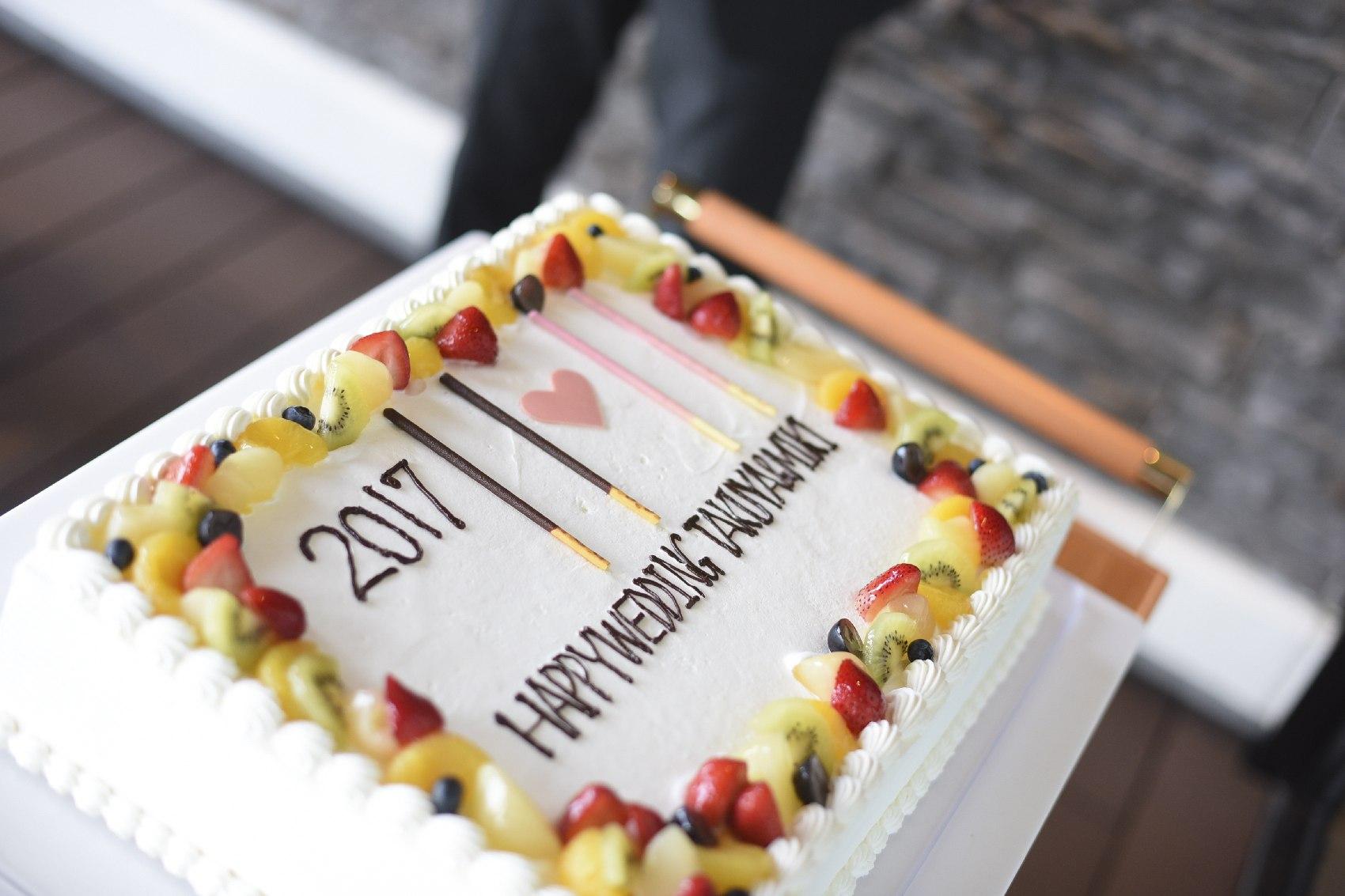 結婚式のウエディングケーキ