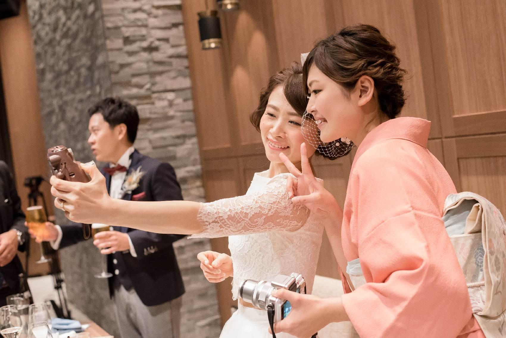 香川県高松市の結婚式場アナザースタイルのご家族との記念写真