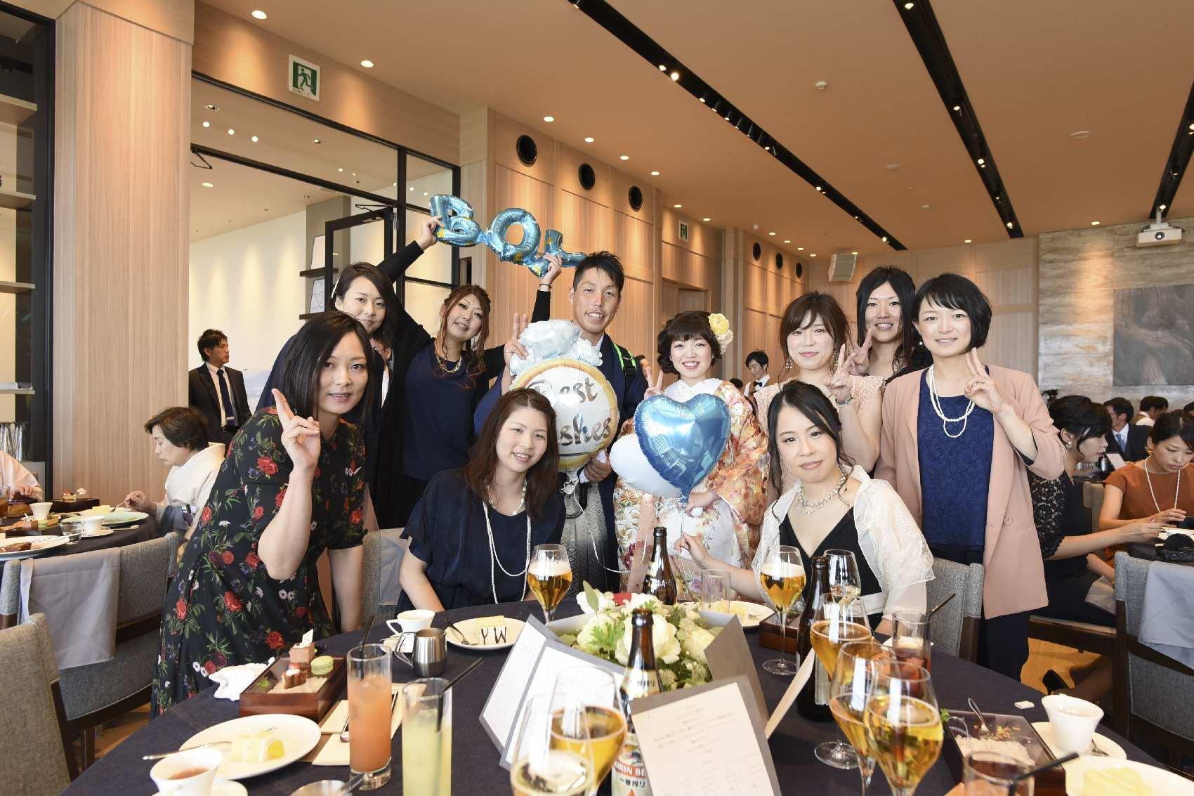 香川県高松市の結婚式場アナザースタイルの披露宴でのフォトテーブル