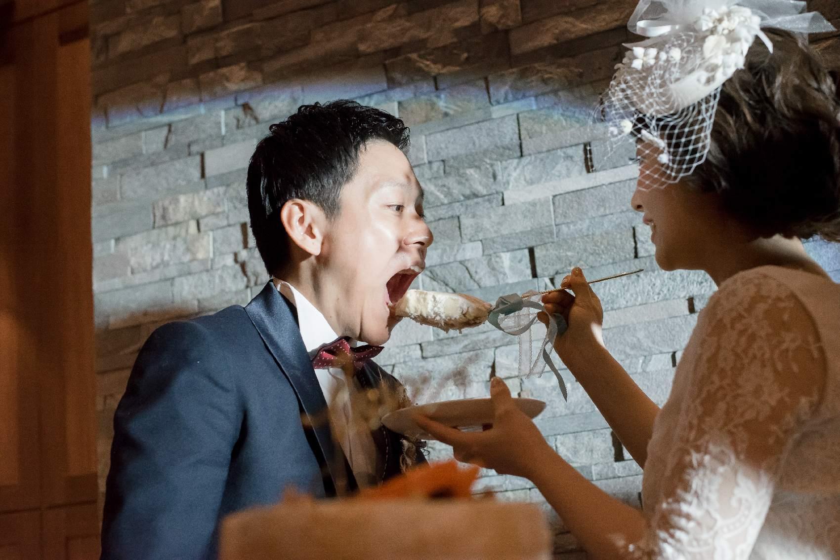 香川県高松市の結婚式場アナザースタイルの結婚式のケーキ演出