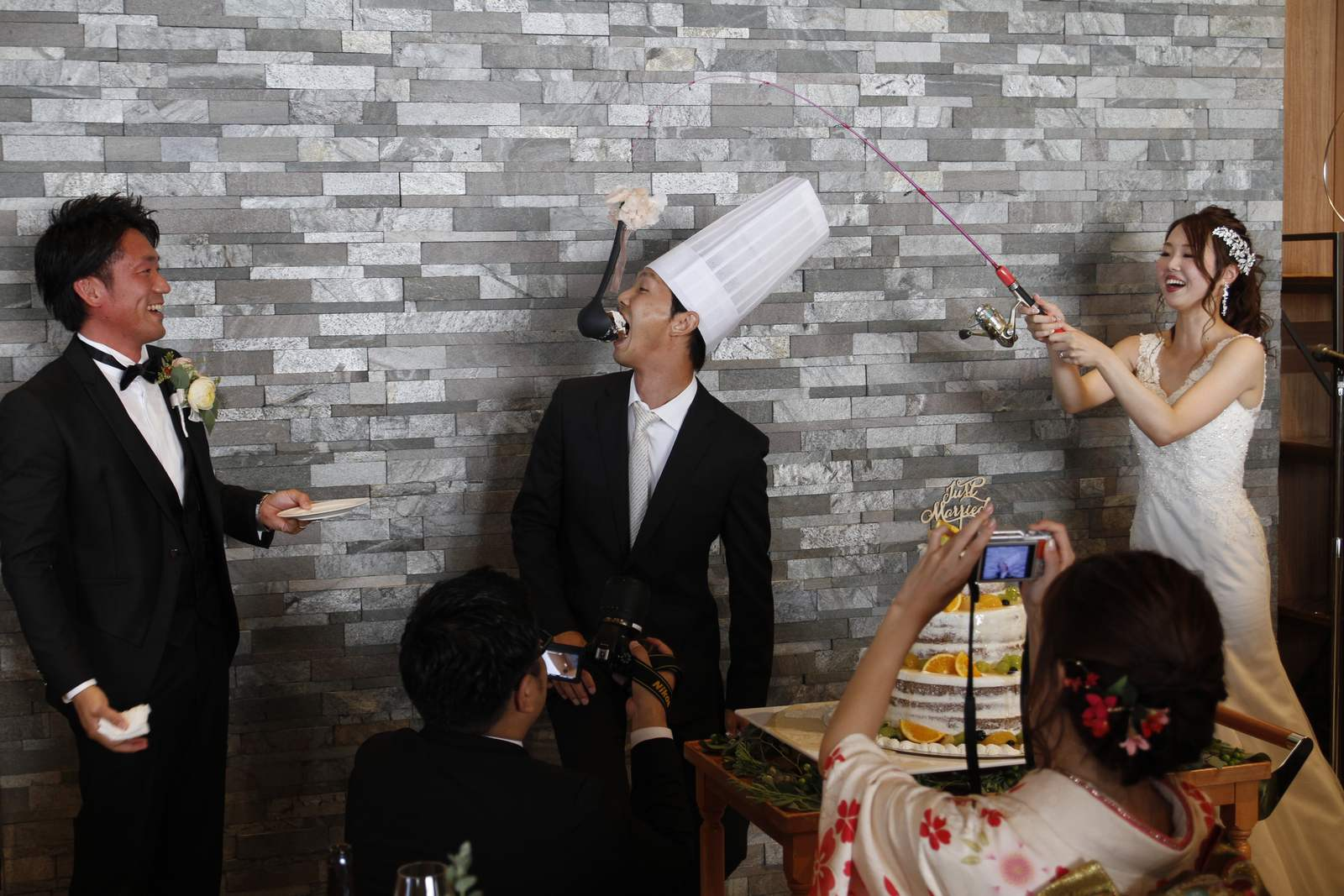 香川県高松市の結婚式場アナザースタイルのサプライズバイト