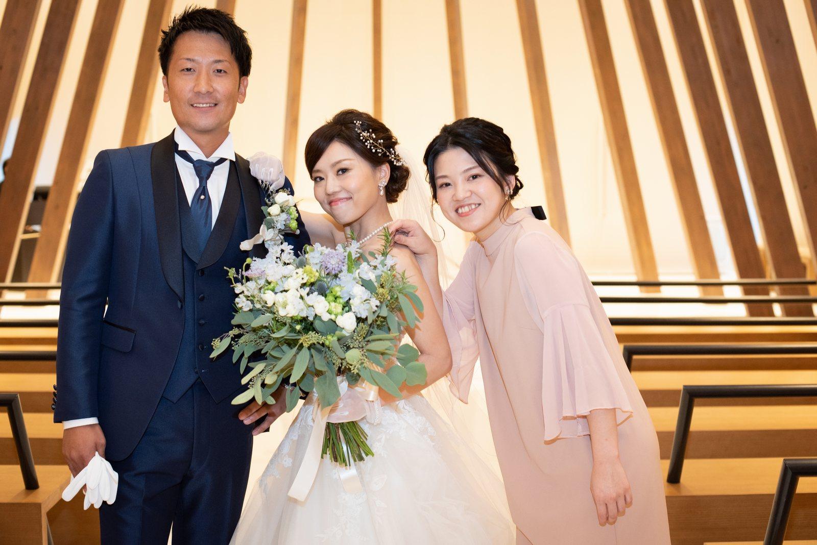 香川県高松市の結婚式場アナザースタイルのチャペルでのショット