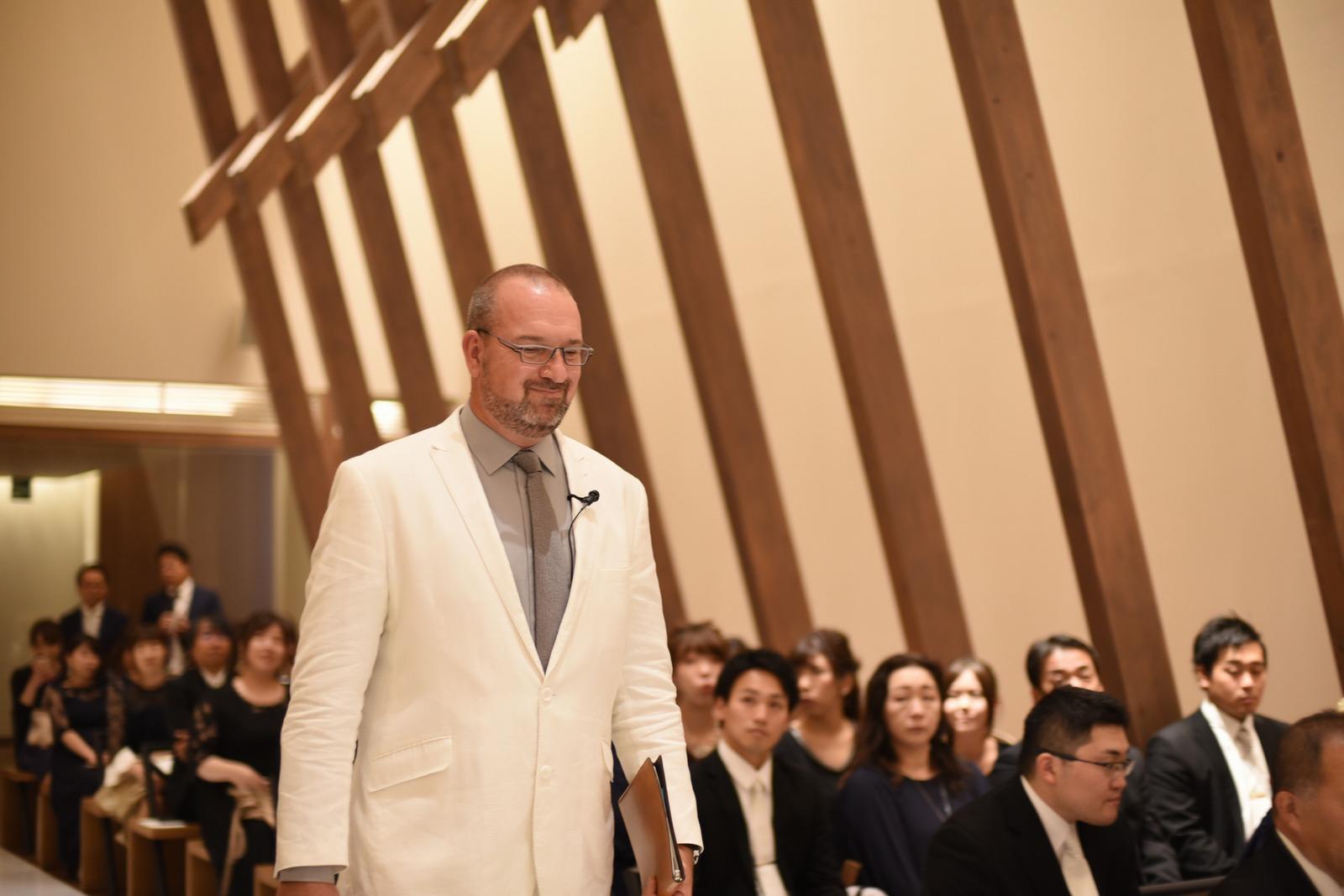 香川県高松市の結婚式場アナザースタイルの牧師