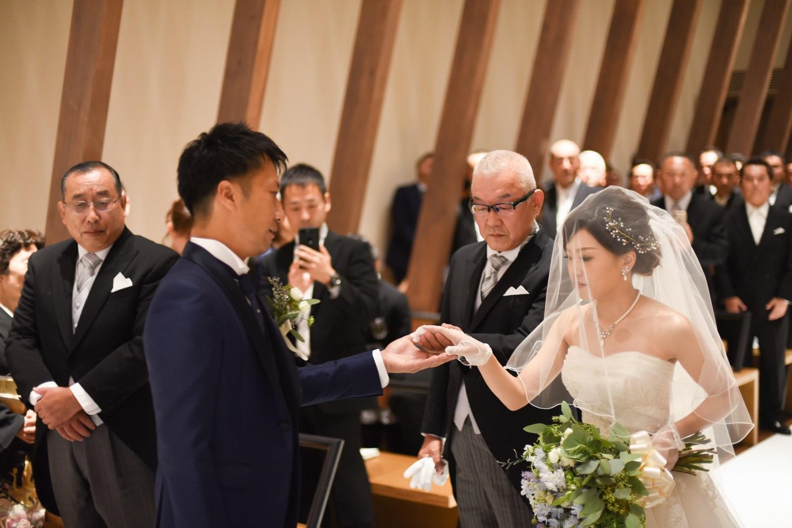 香川県高松市の結婚式場アナザースタイルのバージンロード